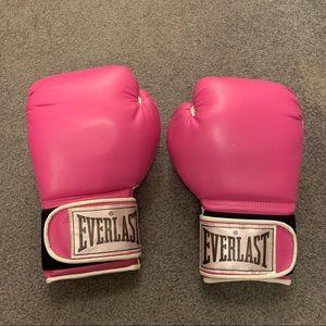 Everlast Breast Cancer Awareness Training gloves